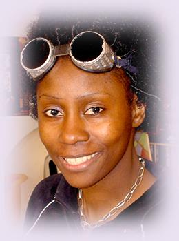 Rhode Makoumbou, peintre/sculpteuse née le 29 août 1976 au Congo-Brazzaville | Photo 9